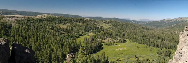 9245-9249 Meadow