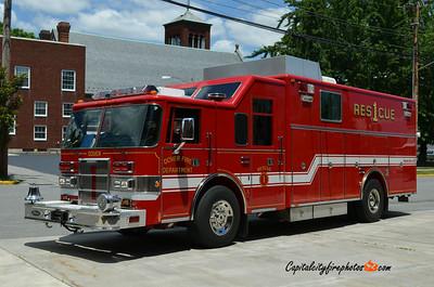 Dover (Kent Co.) Rescue 1: 1997 Pierce Lance