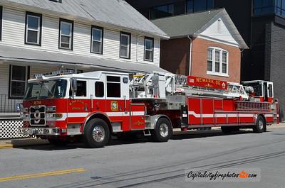 Newark (New Castle Co.) Ladder 9: 2011 Pierce Arrow XT 100'