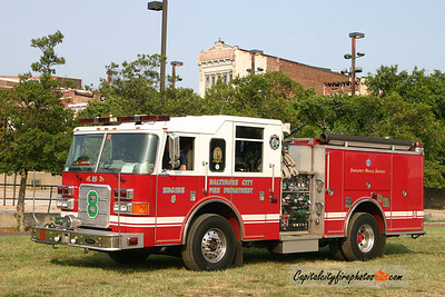 Baltimore Engine 8: 2003 Pierce Enforcer 1500/500