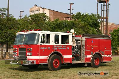 Baltimore Engine 2: 1998 Pierce Saber 1250/500