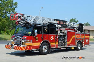 Salisbury Truck 2: 2009 Pierce Velocity 1500/500 75'