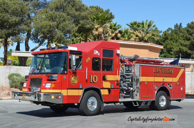 City of Las Vegas, NV Engine 10: 2000 Pierce Quantum 1500/500
