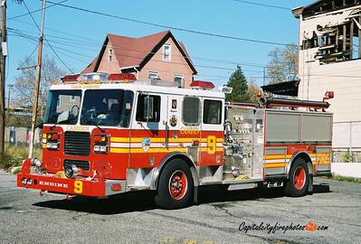 Camden Engine 9: 2003 Seagrave 1250/500