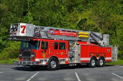 Bridgeton (Cumberland Co.) Ladder 7: 2014 Seagrave Marauder II 2250/300 105' Apollo II