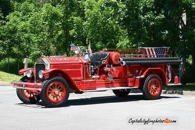 Flemington (Hunterdon Co.) Antique 49: 1928 American LaFrance 1000/150