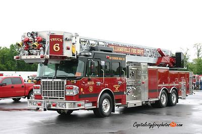 Williamsville (Erie Co.) Truck 6: 2011 Spartan/Crimson 2500/300 100'