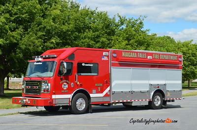 Niagara Falls (Niagara Co.) Rescue 1: 2015 Rosenbauer Commander
