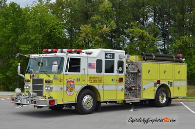 Centreville (Fairfax Co.) Engine 417B: 2001 Pierce Lance 1250/750