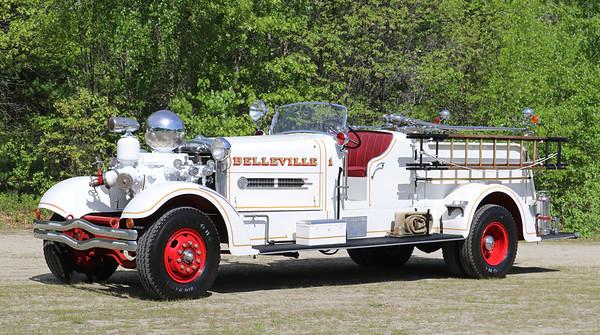Belleville, NJ   Engine 1    1939 Ahrens Fox HT
