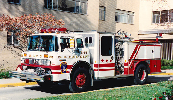 Retired Engine 28.  1986 Ford C8000 / E-One   1250 / 500