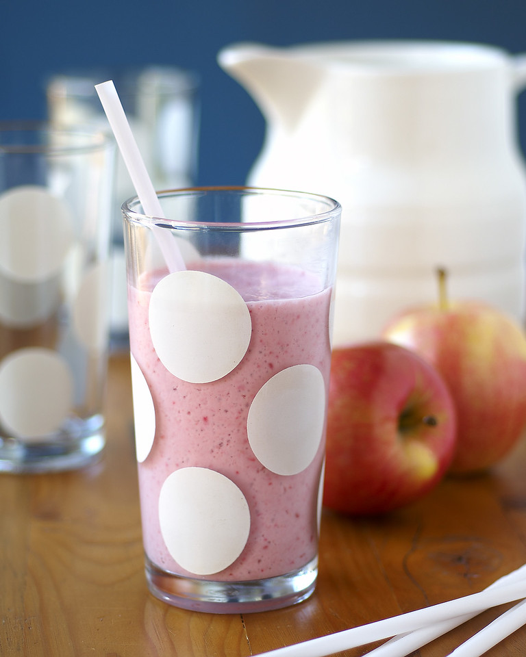 May 2006 - Apple Blueberry Smoothie