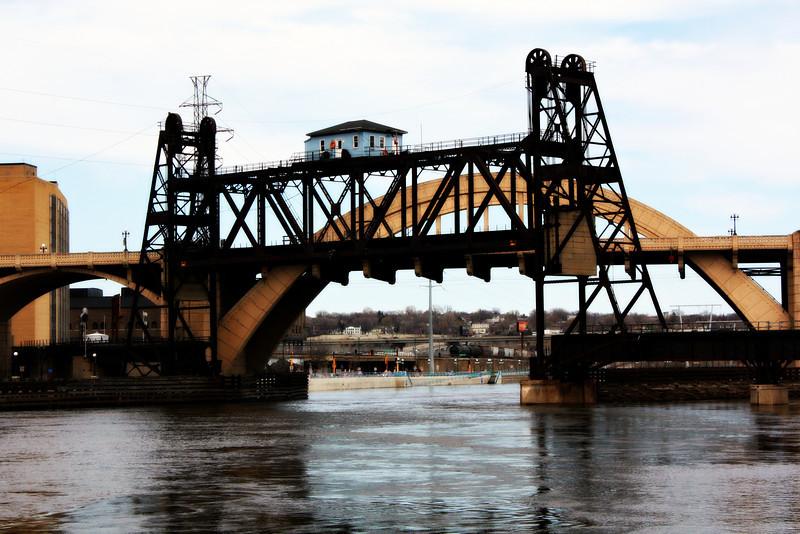 Union Pacific Vertical-lift bridge