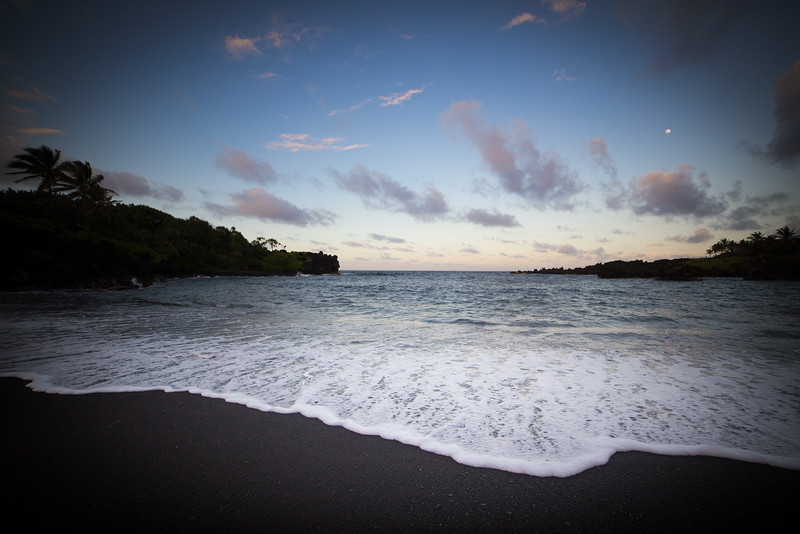 Waianapanapa Beach-31.jpg