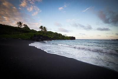 Waianapanapa Beach-35.jpg