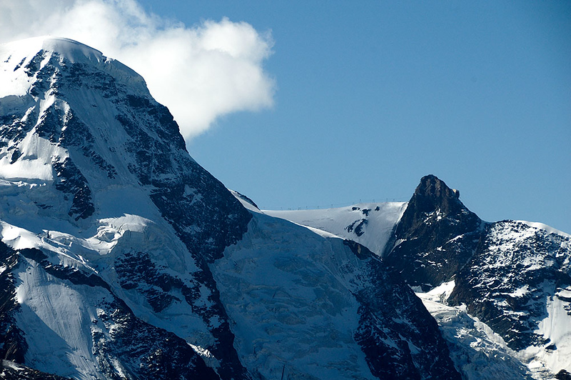 The cable car station (3838m) is the regular shape on the right hand side of the pointed peak. Ski area to the right.