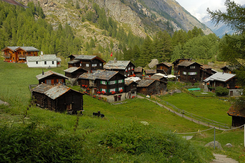 Village of Zum See on the way down to Zermatt from the Materhorn