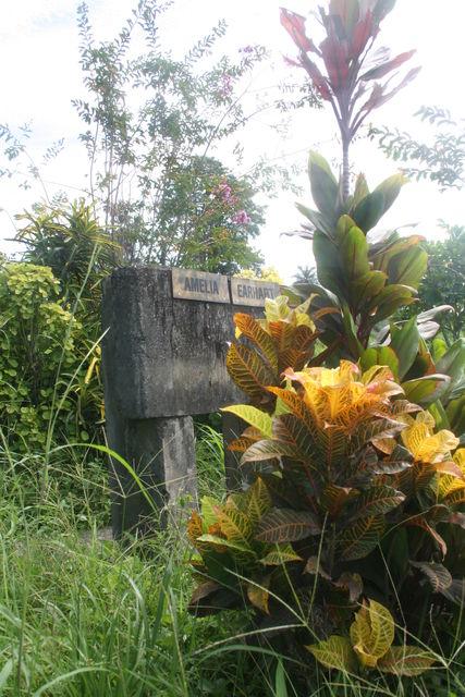 Amelia Earhart Memorial Lae PNG