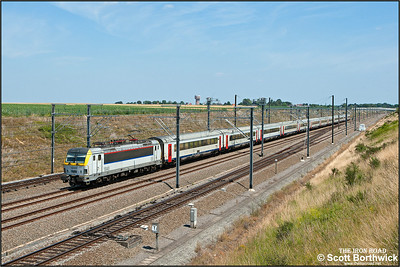 NMBS/SNCB, Siemens EuroSprinter ES60U3, 1840 passes Kortenburg1922 on 03/07/2014.