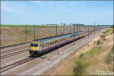 SNCB/NMBS AM83 EMU, 395 passes Kortenburg1922 on 03/07/2014.