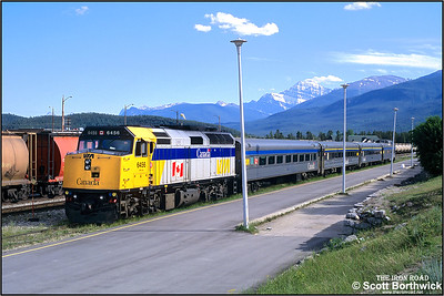6456 stands at Jasper on 03/07/2001 with the ECS from the previous days No. 6 'The Skeena' Prince George-Jasper service.