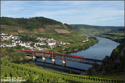 An unidentified pair of DB Class 189's cross the 314m Alf-Bullay double-deck bridge across the Mosel whilst working a southbound coal train on 02/09/2016.