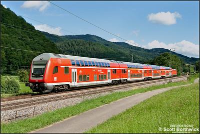 DBAG Class 146, 146 237, propels RE5318 1533 Kreuzlingen-Karlsruhe Hbf through the Black Forest passing Singersbach  on 12/07/2012.