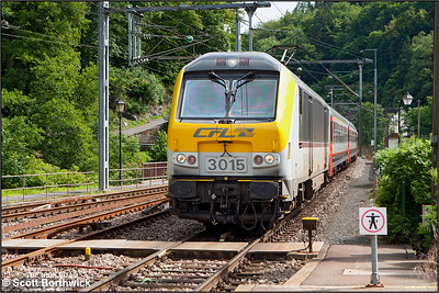 CFL Class 3000, 3015, arrives at Clervaux whilst working IR116 1515 Luxembourg-Liège on 18/07/2012.