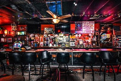 Alex's Tavern