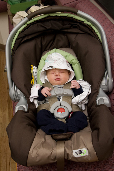 This is Owen leaving the hospital-so getting ready for his first car ride.  Slept thru the whole thing.
