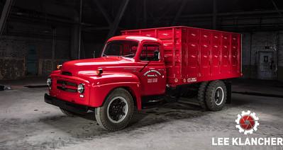 1954 IH Grain Truck - Dan Tordai
