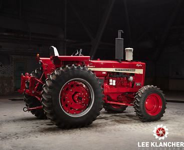 1970 Farmall 1026 Hydro - Richard Walker