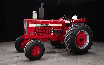 1971 Farmall 1456 - Mike Wiegman