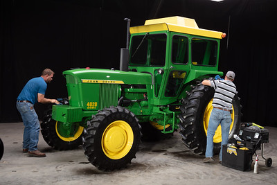 1971 John Deere 4020 HFWA - Tom Harrell