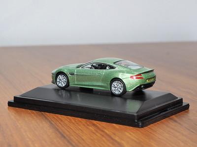 76amv001 Aston Martin Vanquish Appletree Green Alistair Liddle