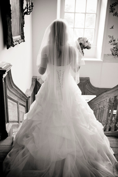 Bride at Kingston Bagpuize House