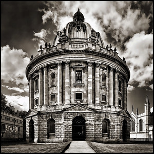 Radcliffe Camera in mono
