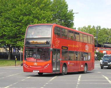 215 - DF10OXF - Oxford (Park End St)