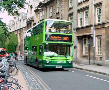 114 - T114DBW - Oxford (Magdelin St)