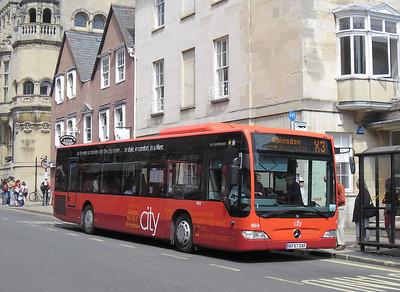 869 - KF57OXF - Oxford (St. Aldate's)