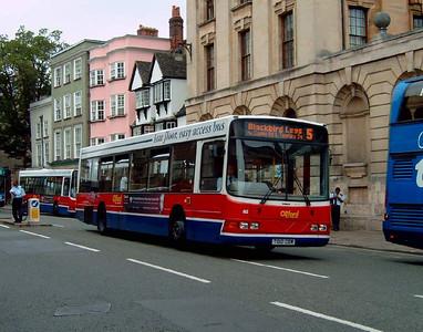 812 - T812CBW - Oxford (High St)