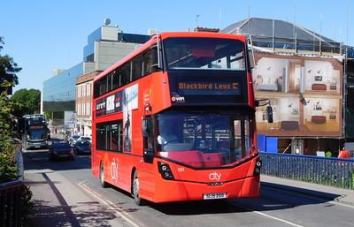 661 - SL15ZGO - Oxford (city centre)