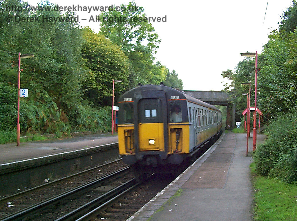 A low resolution picture from 1998, looking south at Dormans Station. It is not very clear, but it is included because it records 3518 entering the station on a northbound service. Unfortunately there is no headcode to indicate the train's destination. 27.09.1998