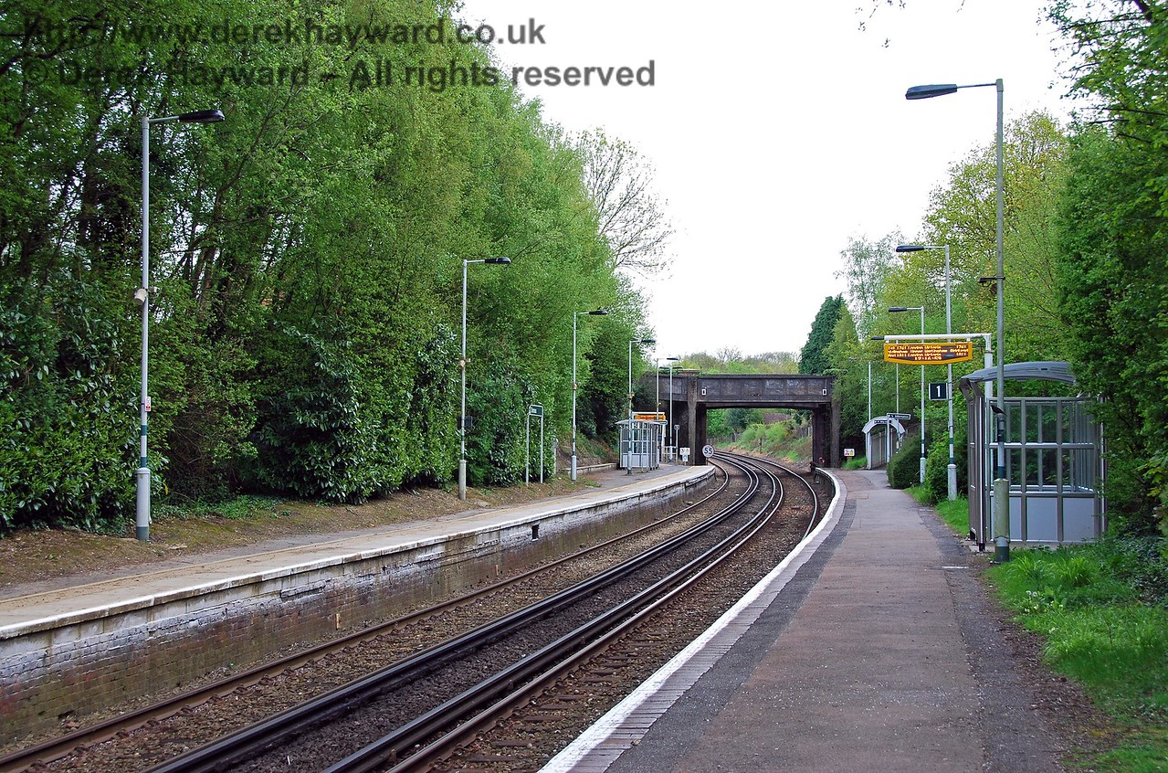 Looking south down the platforms from a point approximately mid-way along the platforms.  In the early years a platform canopy would have been visible at the southern end, but these have long gone. 03.05.2008