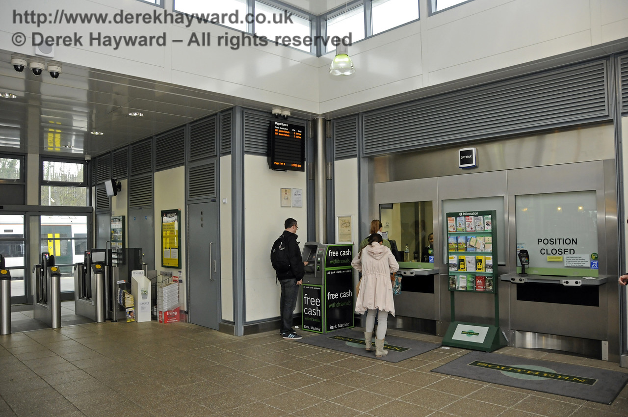 The Booking Hall.  East Grinstead Station, Network Rail.  05.04.2014  10165
