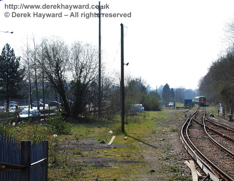 Pictured seven years earlier, in 2007, this was the clear land to the east of East Grinstead station, standing ready for the arrival of Bluebell. 02.04.2007.