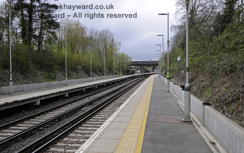 Looking south from the north end of Platform 1.  East Grinstead Station, Network Rail.  05.04.2014  10160