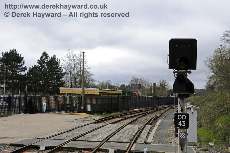 The same picture looking south towards the Bluebell Railway station, but taken a few moments previously.  The image captures a power blip when the signal extinguished for a few seconds.   Drivers treat a blank signal as Danger and are required to telephone the signalman, but in practice nothing was moving at the time.   East Grinstead Station, Network Rail.  05.04.2014  10152