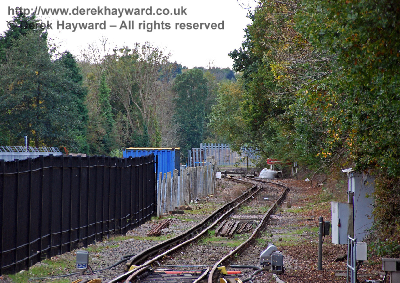 Looking into the headshunt with a long lens in 2008 the black security fence can be seen on the left with the Bluebell Station site hidden behind it. 18.10.2008  0133/E1