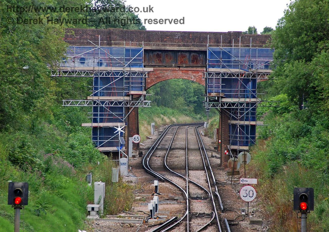 A closer view of the 2009 refurbishment of the road bridge at the north end of East Grinstead station.  26.07.2009  0110